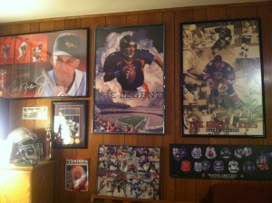 "SportsPosterWarehouse.com is asking sports fans to come out of the ""fan caves"" and show off their flaunt their favorite sports posters and memorabilia."